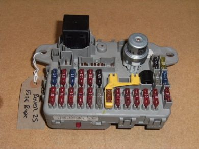 ROVER_25_2002_FUSE_BOX electric window conversion problem please help mg rover org forums rover 200 fuse box diagram at bayanpartner.co